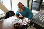 Comiendo galleta genjibre_jose Ferri