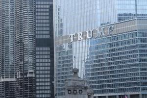 trump-mies-marina-city-chicago-jose-ferri