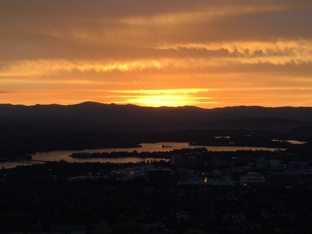 sunset_mount_ainslie_canberra_jose_ferri